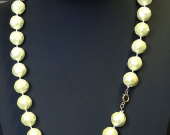 Vintage Necklace 1960's Large Honeycomb Pattern Round Acrylic Beads Cream Colour