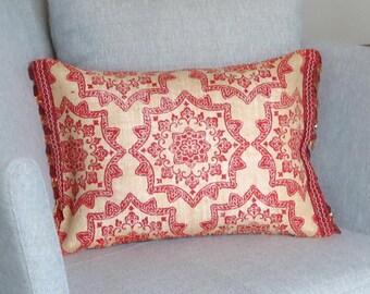Red Burlap Throw Pillow - Red Burlap Accent Pillow - Red Burlap Cushion - Christmas Decor - Housewarming Gift