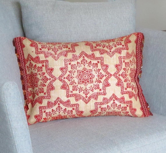 Burlap Throw Pillows Etsy : Red Burlap Throw Pillow Red Burlap Accent Pillow Red