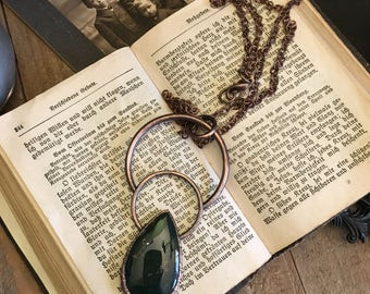 Large Crystal Necklace Bloodstone Pendant / Gypsy Jewelry Big Bloodstone Statement Piece / Witchy jewelry Green Stone Teardrop Necklace