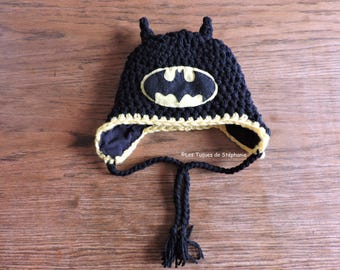 Ready-to-ship Batman hat LINED with fleece handmade crochet, 6-12 months size for baby, earflap winter hat