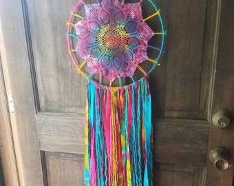 Tie Dye Doily Dreamcatcher ~ Rainbow Decor ~ Boho Wall Hanging ~ Free  Spirit ~ Hippie