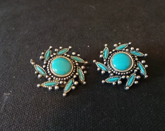 SALE Vintage Signed NYT 1970's Turquoise Silver Indian Floral Rosette Clip On Earrings