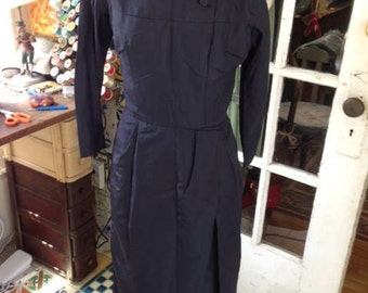 40's navy blue rayon taffeta wiggle dress