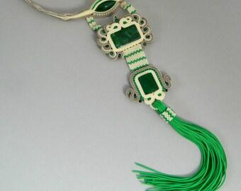 Statement choker necklace, aztek neklace boho necklace, green necklace, jewelry set, every day wear, tassel necklace, stud earrings, for her