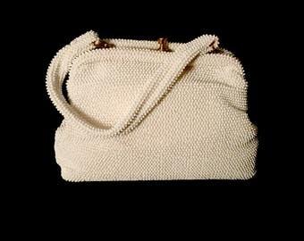 40's Ladies White Micro Bead Bag       VG2604