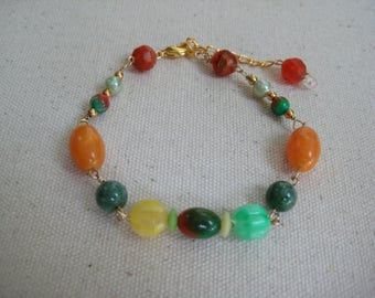 Vintage Assemblage Bracelet, Vintage Beads, Multi Color, Gold tone, Upcycled Recycled, Reclaimed Repurposed, OOAK One of a kind  /12