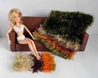 Dollhouse blanket and rug, 1 6 scale furry blanket, 1 6 scale knitted rug, Barbie furniture, Striped green doll blanket, Diorama furniture