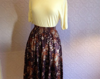Laura Ashley Full Skirt, Eggplant and Earth Tones.  1980s do 1950s. Size Small