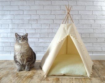 Cat bed Cat teepee Dog teepee with cushion - ivory solid  - pompom trim - Pet tent