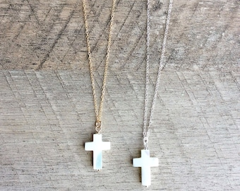 Mother of Pearl Cross Necklace, Short Necklace, Pendant Necklace, Pearl Necklace, Layer Necklace, Everyday Necklace, Free Shipping U.S.