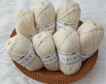 Plymouth Galway Worsted Weight Yarn - Color 001 Natural
