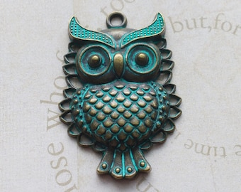 2 Owl Charm Pendants Verdigris Patina - PC2438
