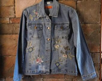 Vintage Denim Jacket, Lots of Beautiful Embroidery, Embellished, Size Medium