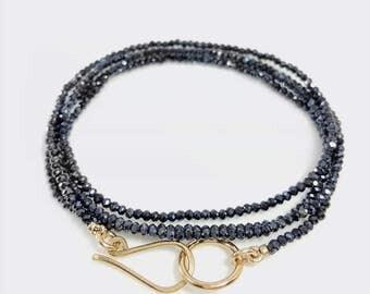 Black spinel bracelet, Seed Bead Bracelet, Stacking bracelet, Gemstone wrap bracelet, Multi strand bracelet, Minimalist jewelry, Gold clasp