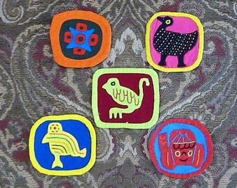 Mola ...  Molas for the Holidays -- Colorful Hand Sewn for your Crafts - Craft - Sew - Re-use