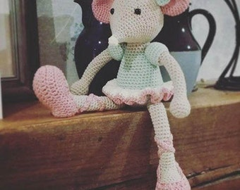 A beautiful amigurumi crochet ballerina mouse