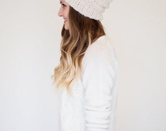 Solid Colour Beanie with Horizontal Lines and Pom Pom
