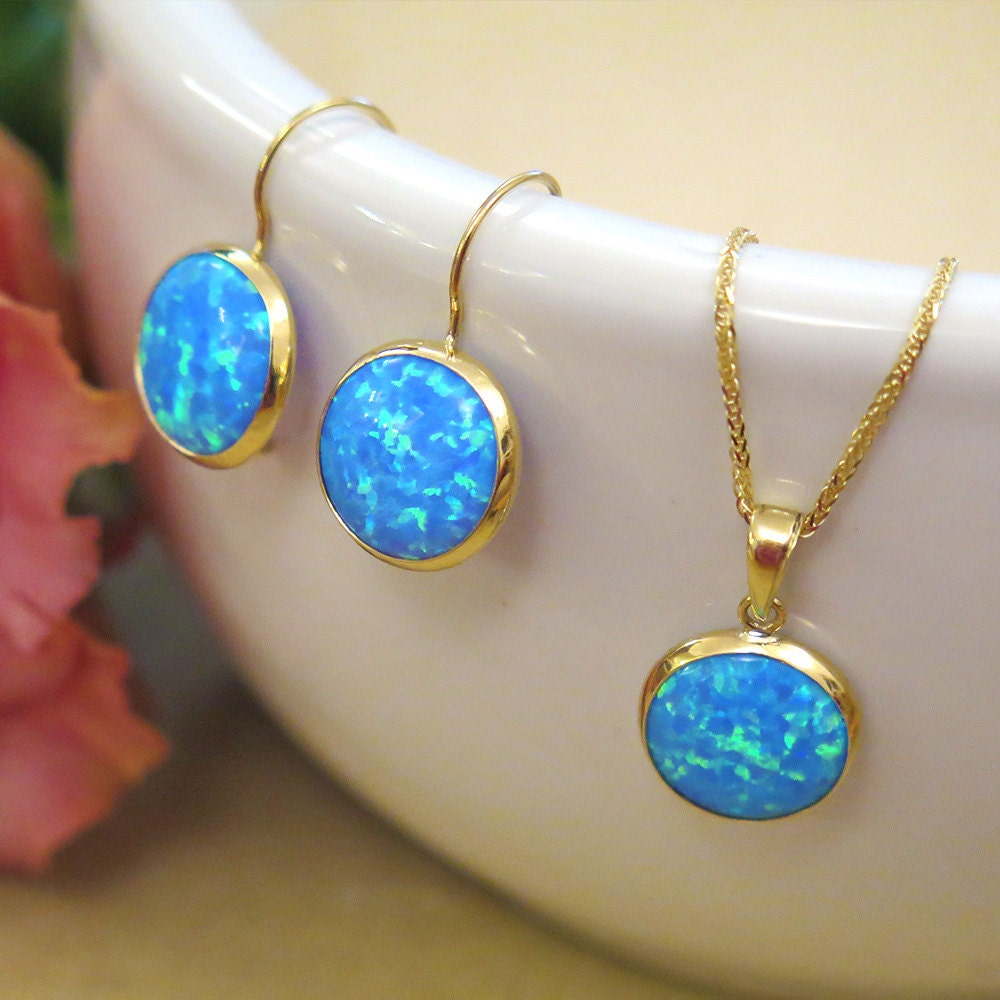gold opal necklace opal necklace dainty necklace solid. Black Bedroom Furniture Sets. Home Design Ideas