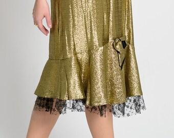 A 1980s blinding golden skirt
