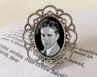 Charlie Chaplin Brooch - Gift For Movie Lover, Charlie Chaplin Jewelry, The Tramp Brooch, Classic Film Gift, Silver Screen Vintage Brooch
