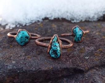Türkisring, Howlith, Edelsteinring, Kristallring, Turquoise, Raw Turquoise ring, Crystal ring, Boho ring, Kupferring, Heilsteinring, Copper