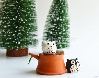 Miniature Fairy Garden, Tiny Black and White Owls on Tree Stump, Miniature Owl, Owl Figurines, Owl Figures, Owl Decor