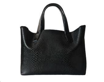faux leather tote handbag, vegan leather bag, cruelty free handbag, black vegan purse, black tote handbag, black bag