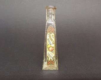 Bunker Hill Bottle Vintage Rare Cologne Revenue Stamp George Washington Cologne Water for the Toilet Bottle Pressed Brick Design Tooled Rim