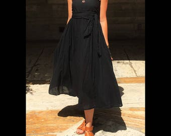 Gauze Cotton Summer Dress in BLACK // Smocked Flexible Bust, Built-In Slip, Double-Lined Bust, Convertible // Basic Comfy Strapless Dress