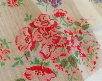 posey / floral handkerchief with red trim