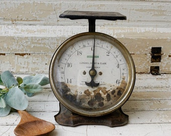 Found vintage family scale - utility scale - kitchen scale - chippy scale - farmhouse decor
