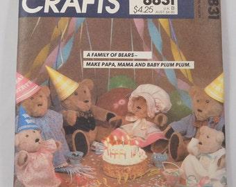 Bear Family Sewing Pattern, McCall's Crafts 8831, Papa, Mama, Baby