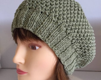 Green Wool Beret, Hand knit Wool Cap, Womens French Beret, Sage Green Wool and Cotton Hat, Soft All Seasons Hat, Winter Gifts, Knitted Gifts