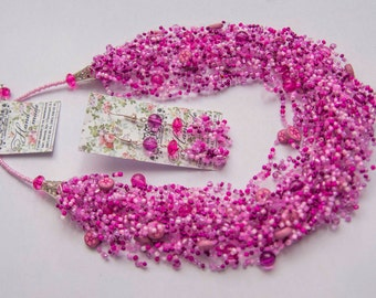 Flowers fuchsia necklace with earrings - Gift for Her Chunky jewelry set  beaded earrings
