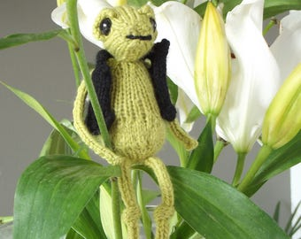 Hand knitted Frog collectable, Woodland creature collection, Personalised name tag