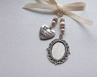 "Pretty Bridal Bouquet Charm Oval Silver Locket with an ""always in my heart"" charm with pale pink pearls and an organza gift bag"