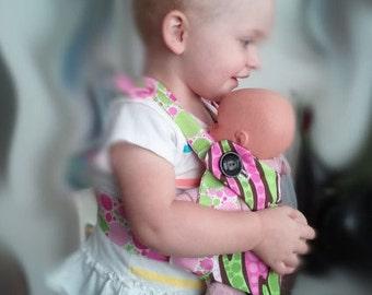 Children's baby doll carrier