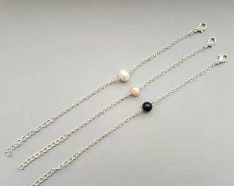 Silver chain bracelet, dainty silver pearl bracelet, bridesmaid gift, minimalist bracelet, delicate bracelet, simple layered bracelet