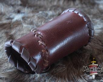Floki leather brace