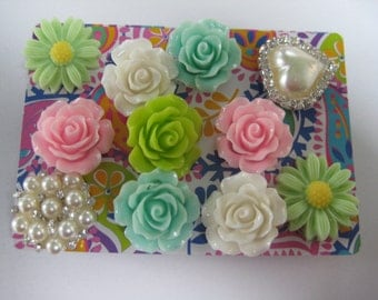 Decorative Thumbtacks, Push Pins Set, Bulletin Board Tacks, Push Pins, Thumb Tacks, Office, Cork Board, Cubicle Decor, Flowers Pearls/21