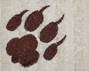Paw print embroidery design. 5 sizes paw print machine embroidery designs