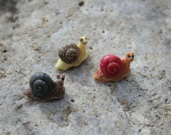 Snail miniatures - set of 3 fairy garden terrarium decor
