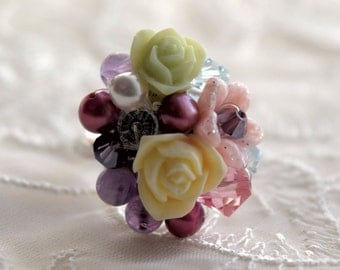 Little flower bouquet ring, Flower ring, silver adjustable ring, Swarovski crystals and pearls, Bridesmaid gift, gift for her