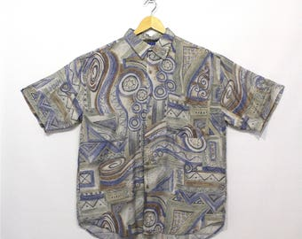 Vintage Clothing •1980's Menswear •Casual Silk Button Up • Short Sleeve •Muted Colours •Geometric Shape