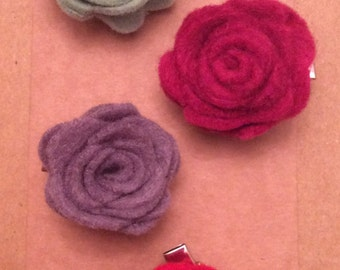 Small felt rose flower hair clip
