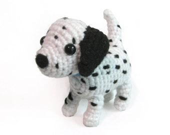 Crochet Amigurumi Cute White Black Spotted Dalmatian Dog Stuffed Animal Plush Toy Handmade
