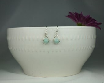 Aquamarine in Sterling Silver Wire