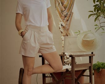 shorts, cotton stretch // formal shorts / beige shorts / formal summer shorts / beige summer shorts / 2 pocket shorts / cotton shorts