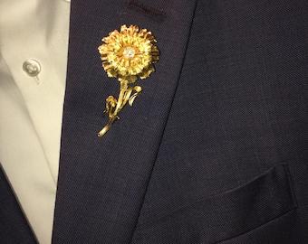 vintage gold flower lapel pin